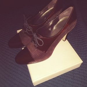 Anne Klein Oxford Shoes